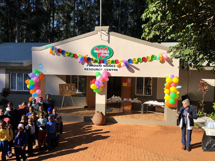 Celebrating Mandela Day with cupcakes and Oros – 18 July 2018